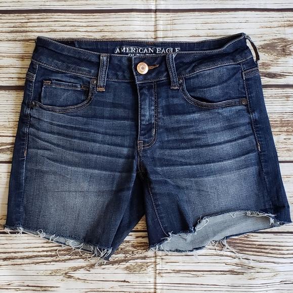 American Eagle 6 denim midi shorts stretch